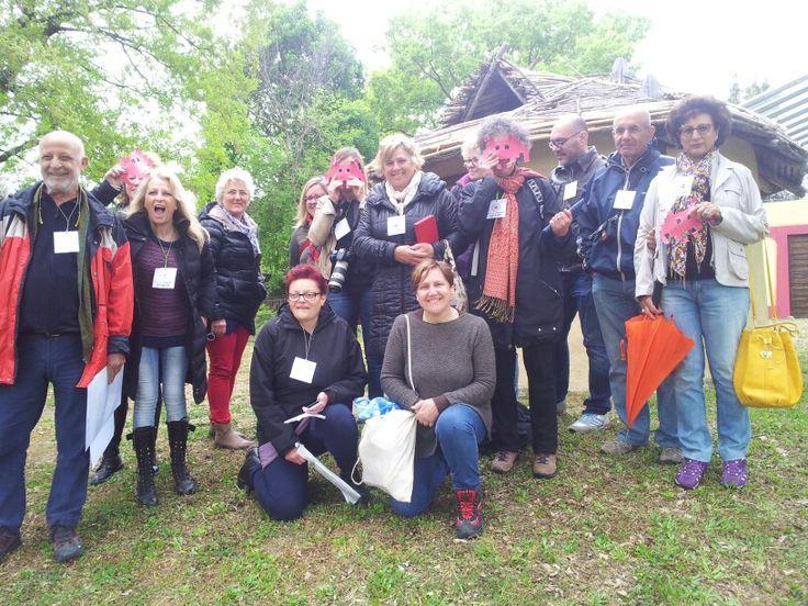 Il gruppo degli @invaderscittade pronto per #invadiamoilmuseomanzi #Pitigliano