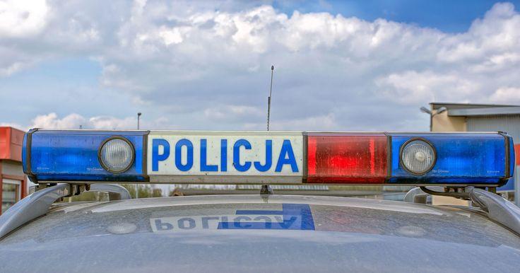 Pijany kierowca chciał dać policjantom 800 zł łapówki. Miał ponad 2,7 promila