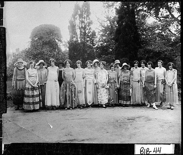 16 Best Garden Party Images On Pinterest 1920s Short