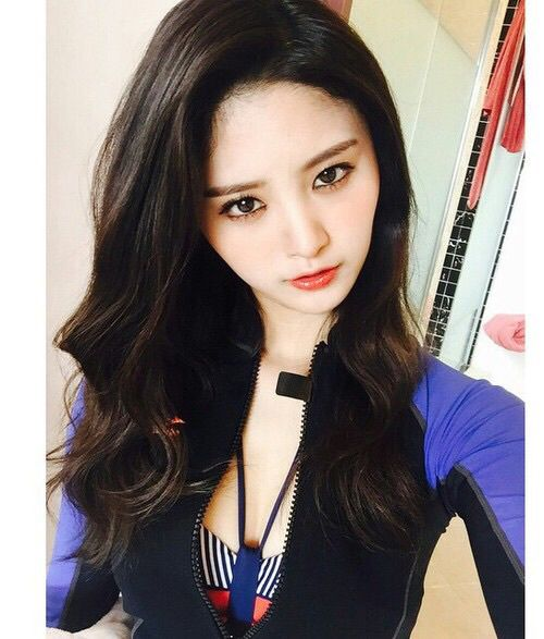 junghwa, exid, and girl image