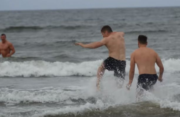 Horseplay at the beach was an important part of Munster training this week (after the heavy lifting)