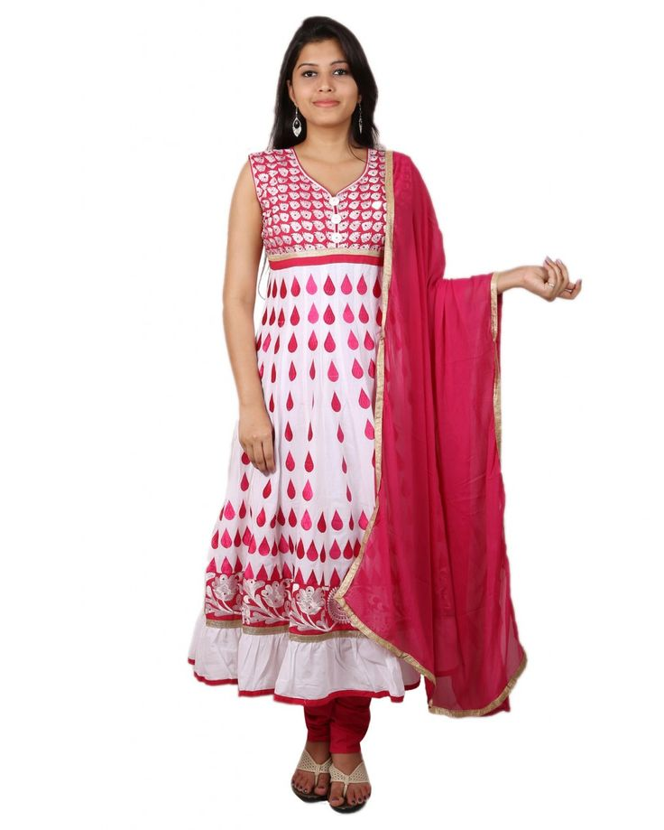 Purple you offers this white salwar set that is a stylish pick for women on the go. Made from cotton blend, this regular-fit suit will keep you at ease all d