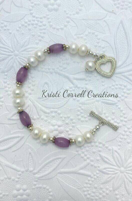 Elegant button freshwater pearls and lavender jade bracelet.
