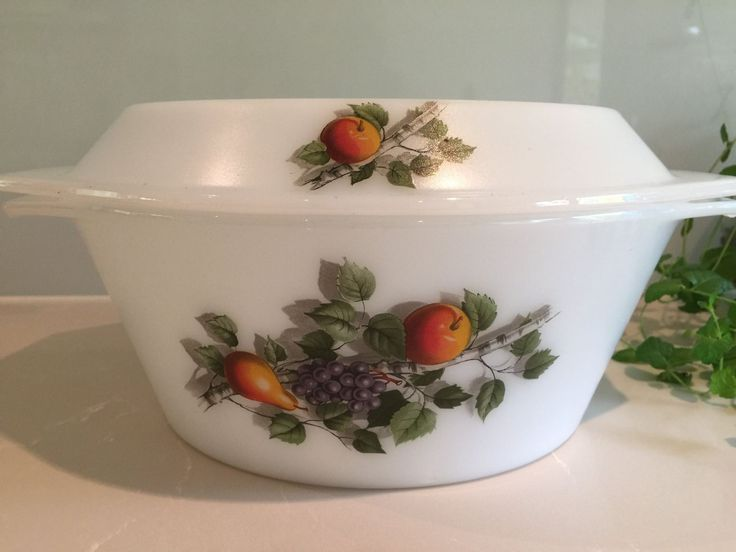 Vintage Arcopal France 'Fruits de France' large milk glass casserole dish