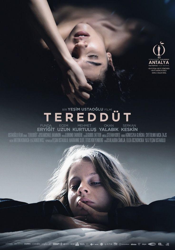 #filmpostu 📽🎞 #Tereddüt 🎬🎥Ve hemencecik de iletiyorum; film güzel bi film, evet iyi bir film. Hepimizin bir şekilde Türk toplumunda ne yazık ki var olduğunun bilincinde olduğumuz birkaç küçük gibi duran oysaki kökleri, arzın merkezine değin uzanan koskoca büyük durumunu; bağlantılı ancak ayrı iki farklı hikaye üzerinden iyi bir yapım. ...✍🏼 bit.ly/tereddütsinema #sinema #sinemaalemi #jaleninsinemaalemi #filmonerisi #film #cinema #movie