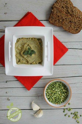 Hummus di piselli spezzati ricetta veg