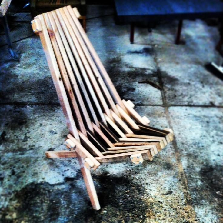 Kentucky chair by MUDAHULA