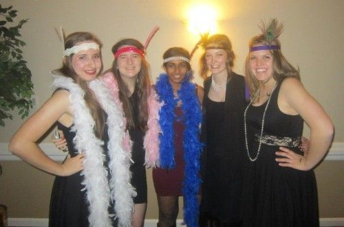 The Severna Park High School's National Honors Society raised over $700.00 to support people with developmental disabilities.  The club organized a 1920's themed dance fundraiser at the Shipley's Choice Clubhouse for Bello Machre with over 100 people in attendance.