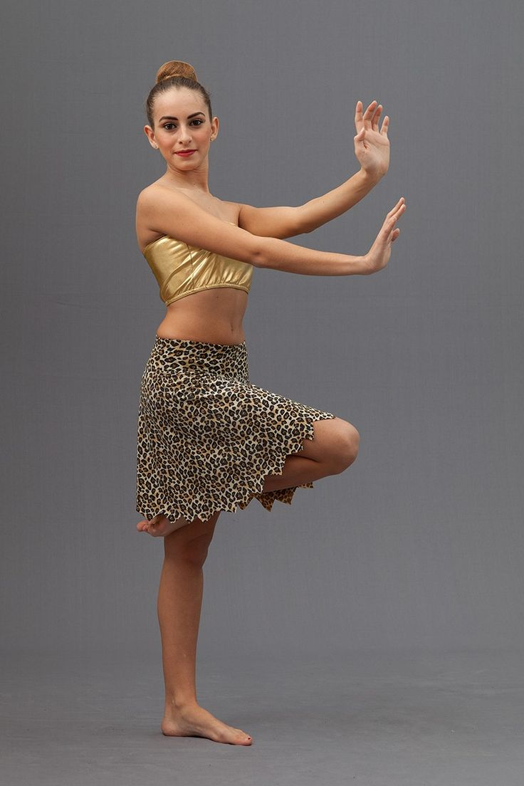 Brassiere per danza in lycra metallica (97% poliestere 3% elastan) Gonna in lycra leopardata tagliata a punte