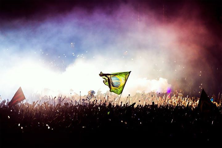 Dear Friends,  It's with heavy hearts that we inform you that Tomorrowland Brasil will not take place in 2017. As always, Tomorrowland wants to give you, the People of Tomorrow, the best and most unique experience. Unfortunately, due to external factors we can no longer create the right environment to host a Tomorrowland Festival in Brazil. We will do our utmost best to come back as soon as possible since the love and energy Brazil gave to Tomorrowland was amazing. Keep the memories in your…