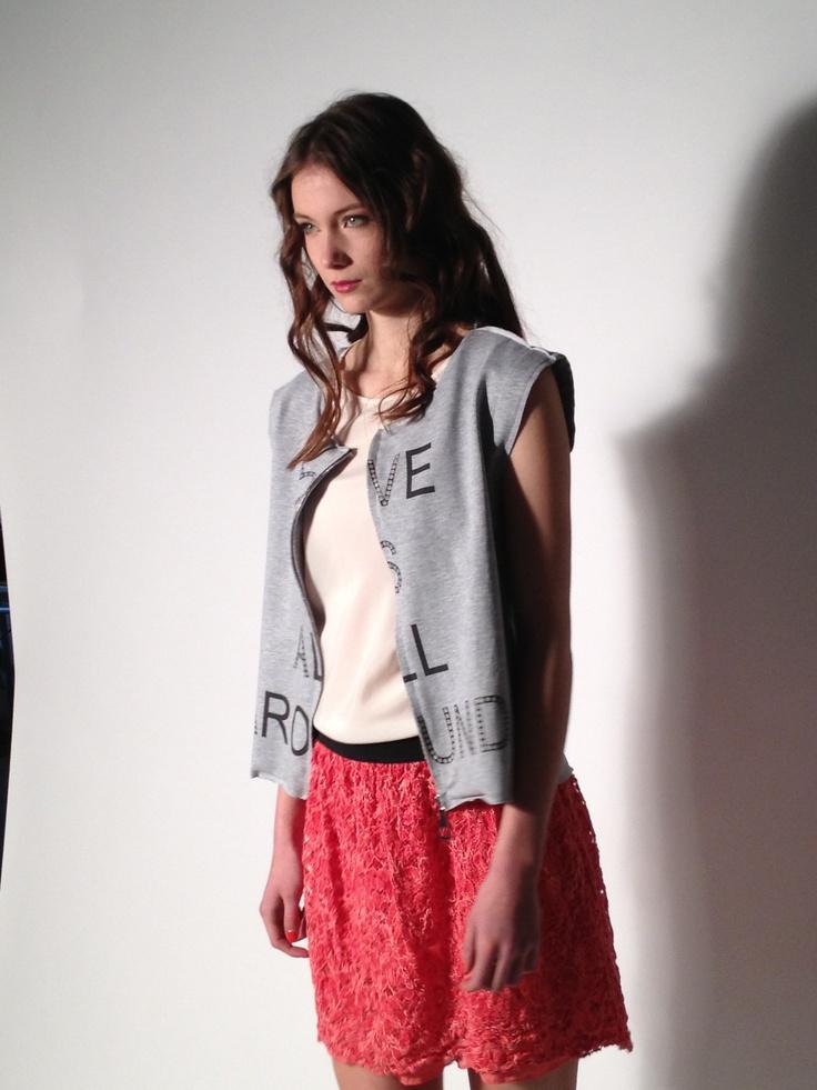 #lace #skirt #love #vest #danielacolombo #printedvest