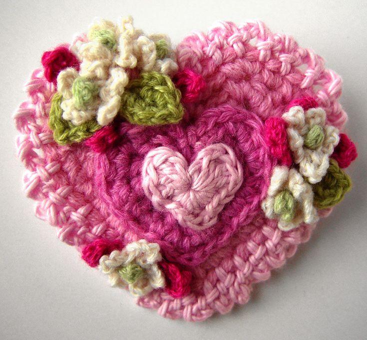 49 best Valentine\'s Day Crochet Patterns images on Pinterest ...