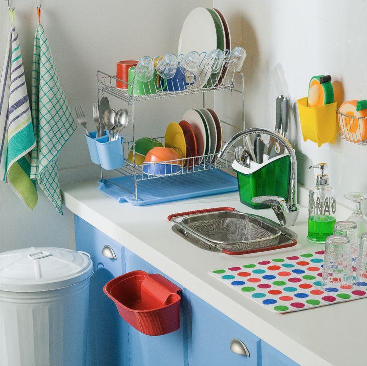 Tu lavaplatos puede estar mucho más organizado con todos nuestros accesorios. Elige entre toda nuestra variedad de secaplatos, basureros y escurre cubiertos para llevar a casa el que más te guste.