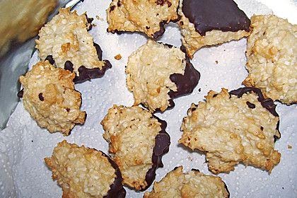 Lübecker Marzipan - Kokos - Makronen, ein gutes Rezept aus der Kategorie Kekse & Plätzchen. Bewertungen: 60. Durchschnitt: Ø 4,5.