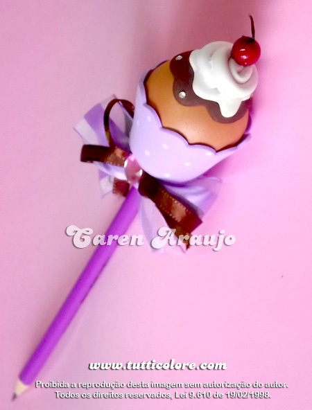 Cupcake - pencil decoration