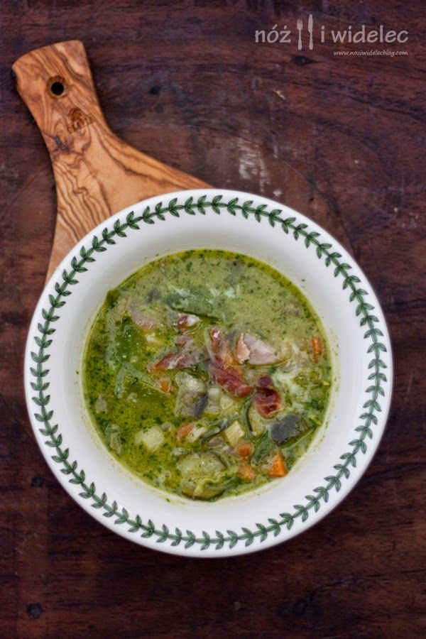 Minestrone. Warzywa i pesto. Prosciutto di Parma #gryz #MagazynGRYZ