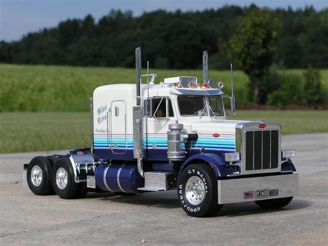 359 Email Oils Contact Usco Ltd Mail: Peterbilt 359....nice, Clean Lines.