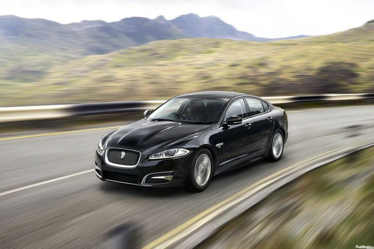 Benarkah Jaguar XF R–Sport Ungguli BMW 520d?