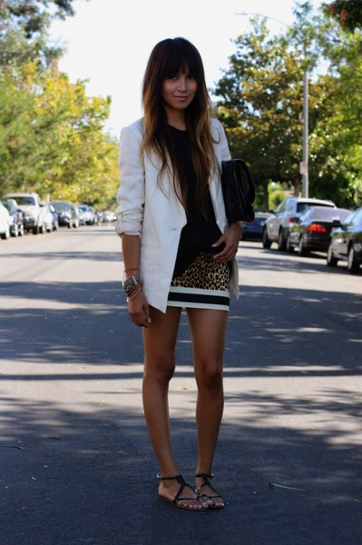 I want to wear my white blazer with a cheetah skirt like this!