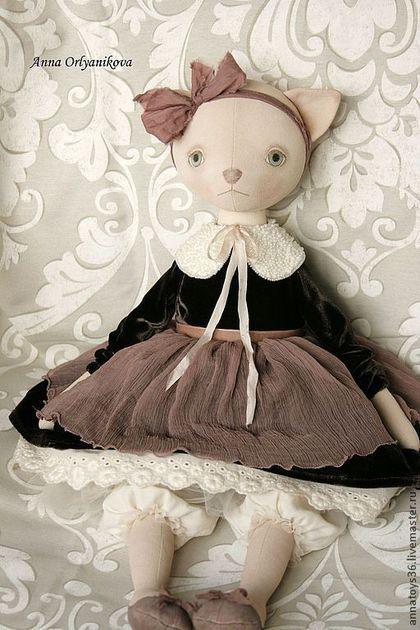Dolls.  Cat Mila.  Anna Orlyanikova.