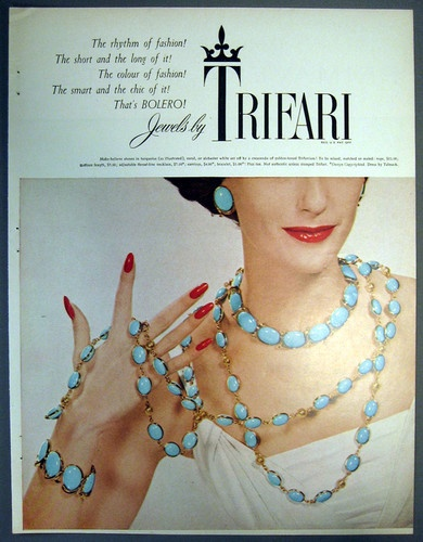 1955 Trifari ad 'Bolero'Trifari Ads, Trifari Jewelry, Jewelry Ads, Vintage Advertis, Jewelry Advertis, Costumes Jewelry, Vintage Costumes, Jewelry Vintage, Vintage Jewelry