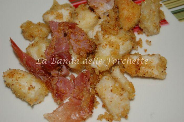 Straccetti di pollo al marsala e speck croccante
