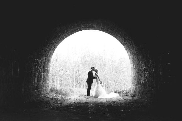 10 Most Creative Wedding Kiss Photos http://www.weddingforward.com