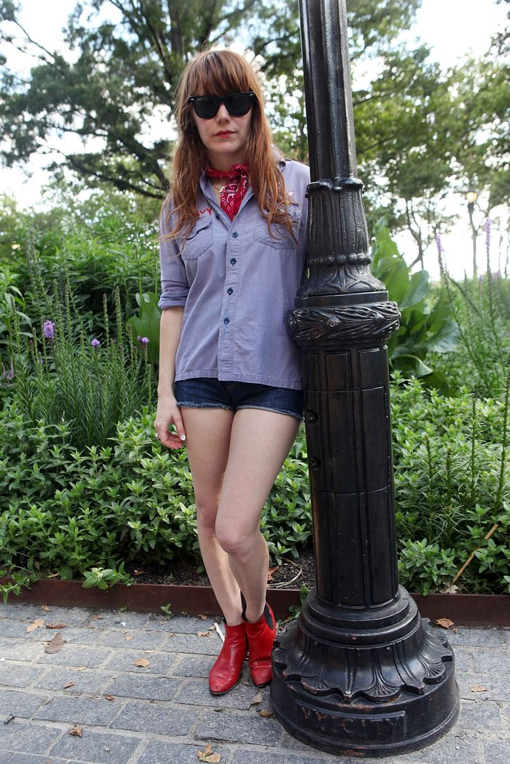 A Style Tribute to the Adorable and Talented Jenny Lewis - Fashionista