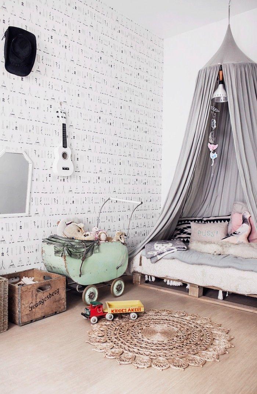 Vintage grey kids' room, love the macrame circle rug. #estella #kids #decor