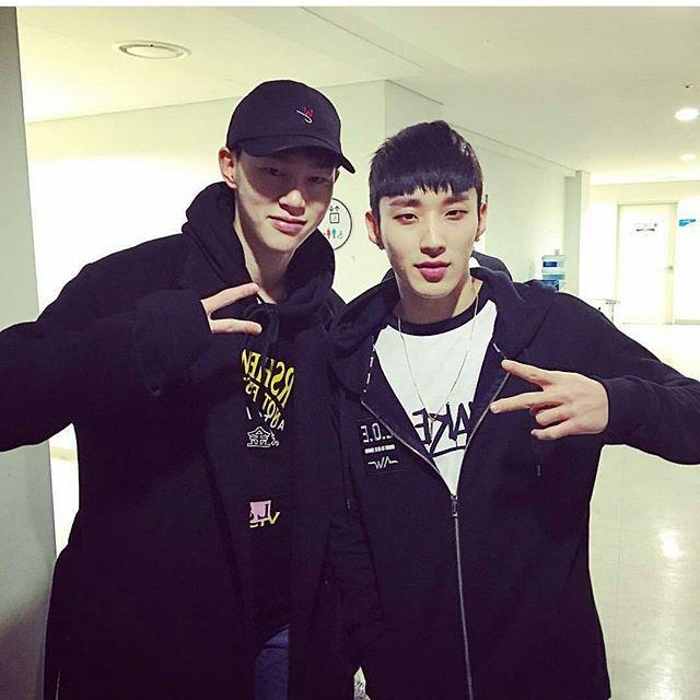 YG kplus model Hyun Bin Kwon's IG update w/ Jongup -- backstage @ #LOE2016