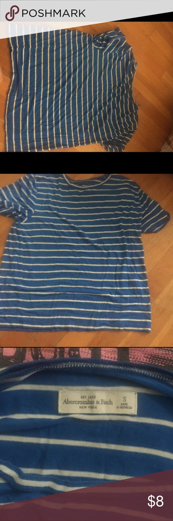 abercrombie and fitch size small blue tshirt striped EUC make me an offer Abercrombie & Fitch Tops Tees - Short Sleeve