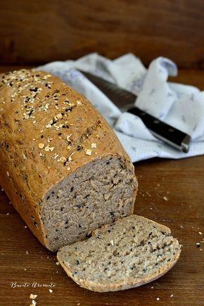 Pâine de secară cu fulgi de ovăz şi mix de seminţe
