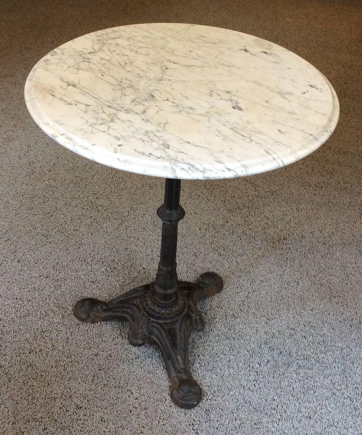 klassinen marmorikantinen bistropöytä . halkaisija 60cm . korkeus 72cm . @kooPernu