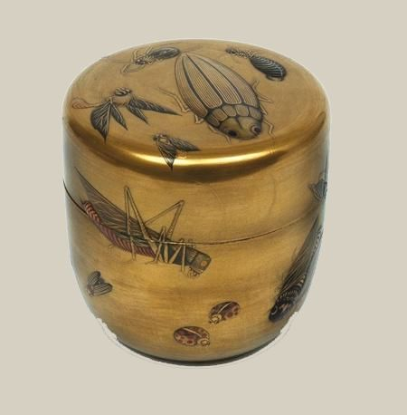 japaneseaesthetics:  A gold lacquer tea caddy (chaire), Meiji period, 1868-1910, Japan