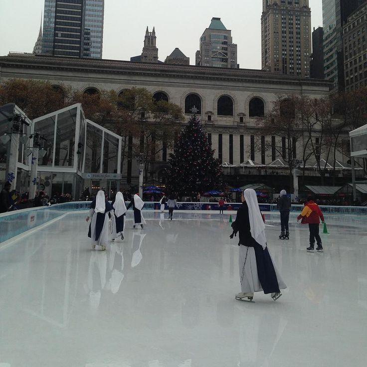 #InstagramELE #tu  Qué haces en tu tiempo libre? A mí me encanta patinar sobre hielo  #ceaspring17 #ceaspring17b