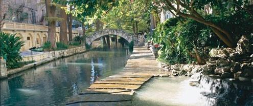 San Antonio RiverwalkPlaces To Visit, Antonio Rivers, Antonio Riverwalk, Antonio Tx, Favorite Places, Riverwalk San, San Antonio, Families Vacations, Rivers Walks