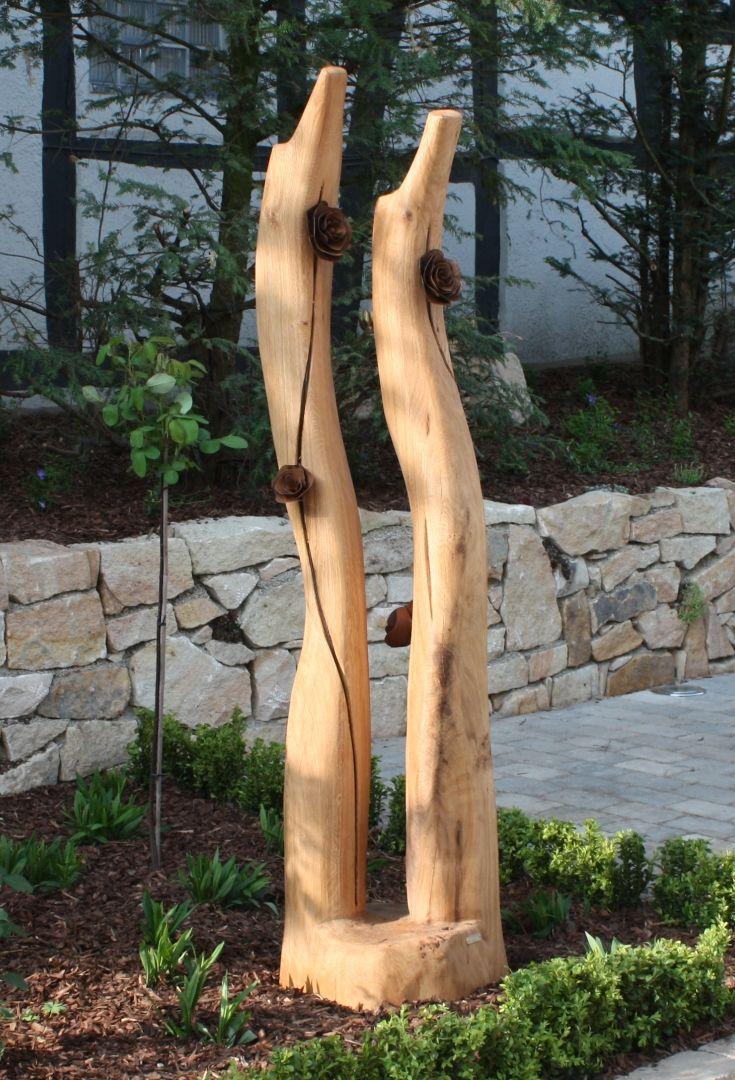 skulptur aus eiche mit rostrosen holz skulpturen unikate skulpturen skulpturen aus holz und. Black Bedroom Furniture Sets. Home Design Ideas