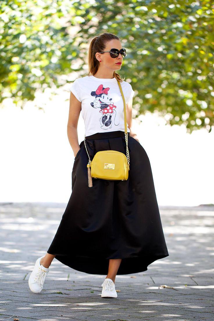 my favorite midi skirt & Mini :)
