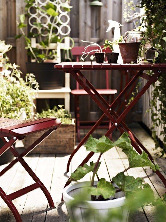 Stwórz strongaranżację balkonu/strong, która będzie sprzyjać przyjmowaniu gości i relaksowi. Podpowiadamy, jak wybrać styl na balkon odpowiedni dla Twoich potrzeb!