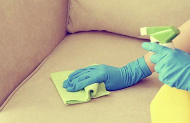 Cómo Limpiar El Sillón De Tela Fácilmente Queda Como Nuevo Cienradios En 2020 Como Limpiar Los Sillones Limpieza De Tapizados Limpiar Tapizados