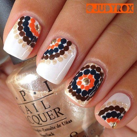 Fall Trend: Dot Mosaic Nailart! - http://bellashoot.com |