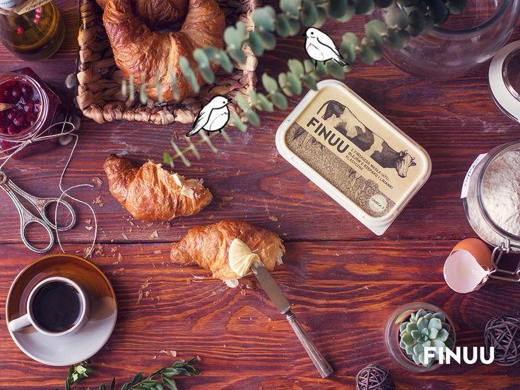 Lubimy zawierać międzynarodowe przyjaźnie. Dlatego też francuski croissant doskonale łączy się z fińskim miksem! ;) #finuu #croissant #inspiracje #śniadanie