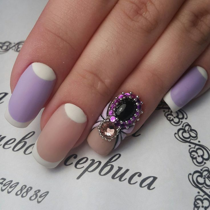 Not every day you can see a manicure, which is decorated with a spider of rhinestones. Such décor the nail ...