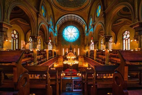 Eldridge Street Synagogue While many tourists come to New York to see the top sights and monuments there a hidden gems too.