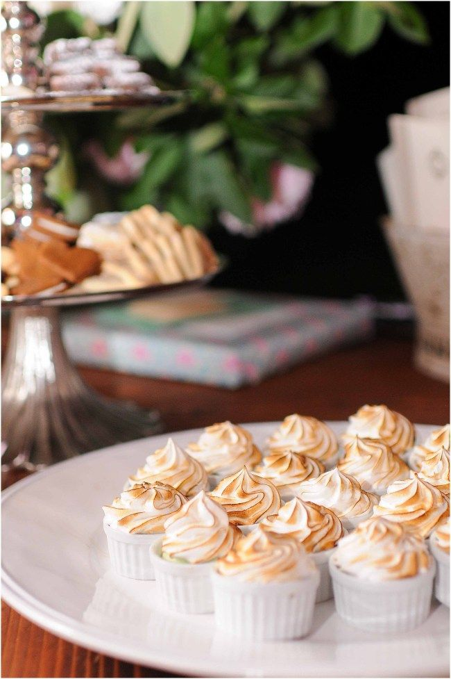 Desserts at wedding by Susan Gage Catering | Ana Isabel Martinez Chamorro associate photographer for Mike Buscher Photography