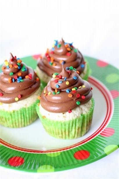 vanilla bean pound cake cupcakes | Delicioso!! | Pinterest