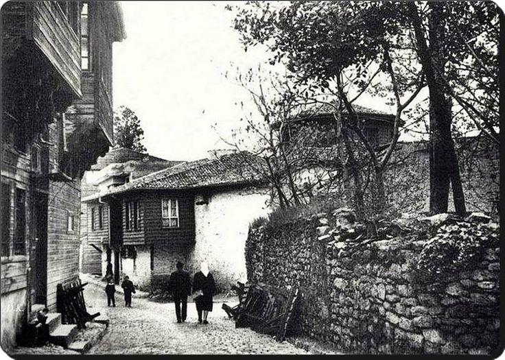 Üsküdar, Dönmedolap Sokak - 1960's