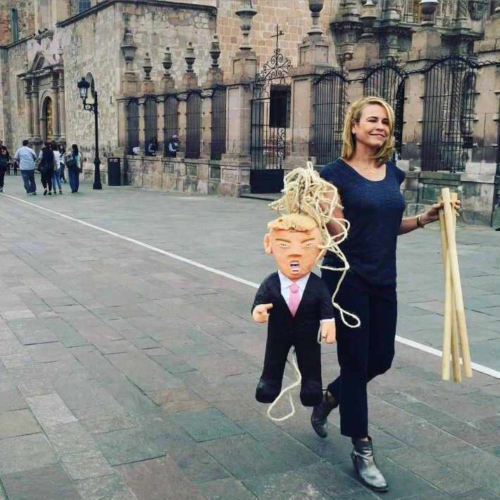 Trump is a 'B*tt Hole': Chelsea Handler Shares Naked Pic to Send Political Message - http://www.australianetworknews.com/trump-btt-hole-chelsea-handler-shares-naked-pic-send-political-message/
