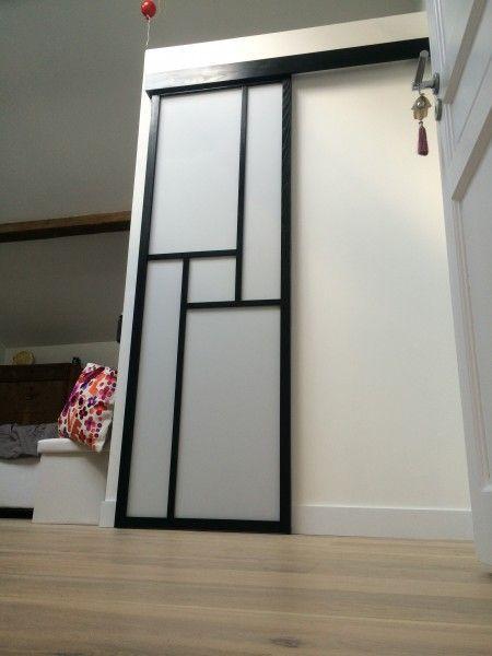 les 25 meilleures id es de la cat gorie porte coulissante japonaise sur pinterest cloison. Black Bedroom Furniture Sets. Home Design Ideas