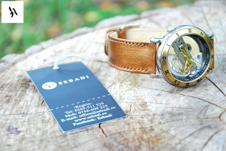 Curea pentru ceas din piele naturala 6 -piele aurie -captusit cu piele crem -cusut cu ata crem -catarama metalica argintie  PRET: 80 lei